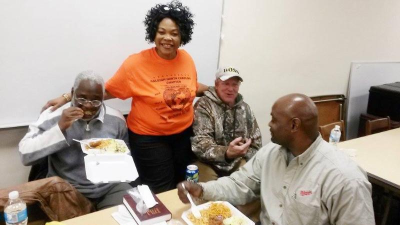 feeding-the-homeless-shelter-jpg6_